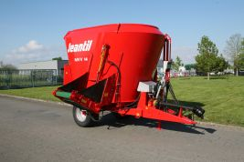 Mixer with 1 vertical auger and direct discharge: